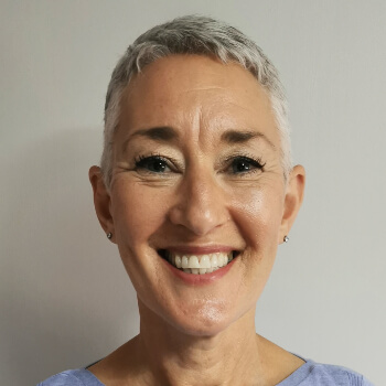 Profile picture of Susan Utting-Simon, who is a registered with ACTO to provide Online Counselling and Therapy services in the UK and internationally.